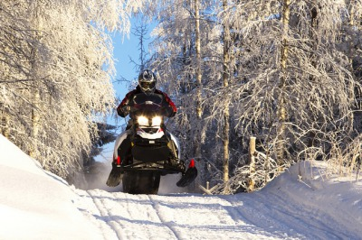 Half day snowmobile tour